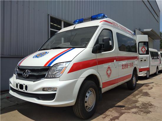 大通自动档救护车